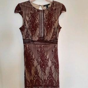 Forever 21 Sleeveless Lace Dress
